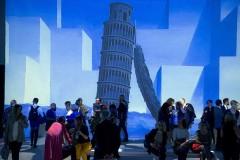 Inside Magritte Immersive art